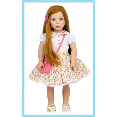 Poupée Cheveux roux et yeux bleus