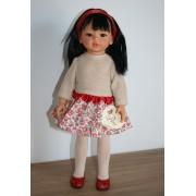 Poupée Kaori Robe beige à fleurs rouges