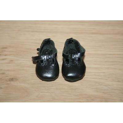 Chaussures Noires T-Strap pour Boneka