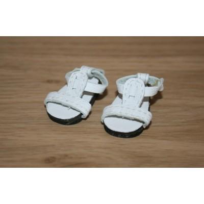 Sandales d'été blanches pour Boneka