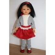 Kaori Jupe rouge et gilet gris