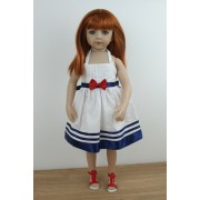 Savannah habillée en robe Sailor Girl