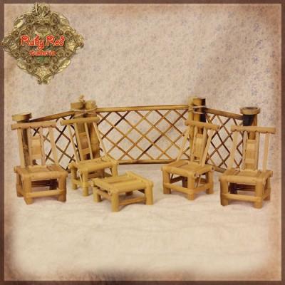 Set Table et Chaises bambou, ainsi que la barrière