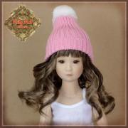 Bonnet rose à pompon pour poupée Rubyred 30 Cm