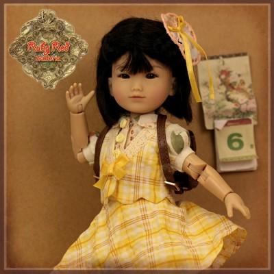 Poupée Gigi 8ème édition - Ten Ping and Friend - Ruby Red