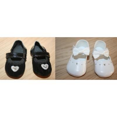 Lot de Chaussures blanches à lanières et ballerines noires Anytime Anywhere