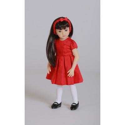 Mini Maru dans sa tenue Rouge