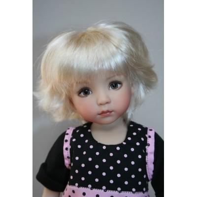 Tina habillée par Angela Sutter - Little Darling