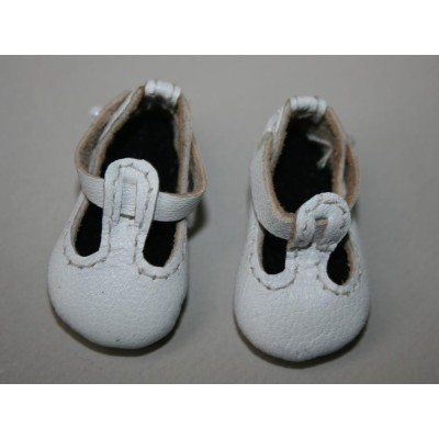 Chaussures blanches T-Strap pour Boneka