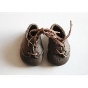Chaussures brunes à lacets pour Boneka