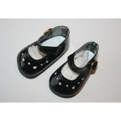Chaussures noires à coeurs pour Little Darling