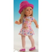 Paulina Blonde robe rose et chapeau